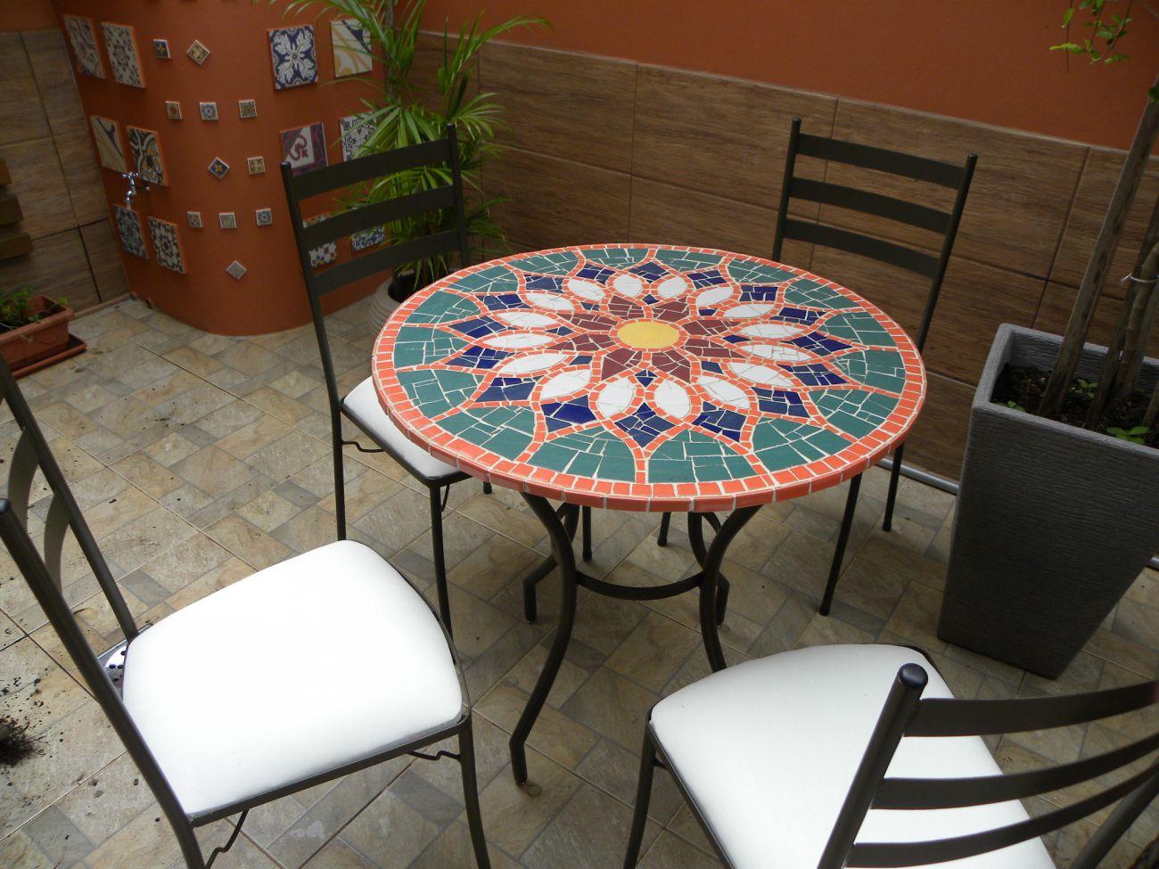 Mosaico mesa em mosaico tampo vitral rabe em cer mica for Mosaico marroqui
